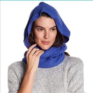NWT Free People Blue Hooded Scarf